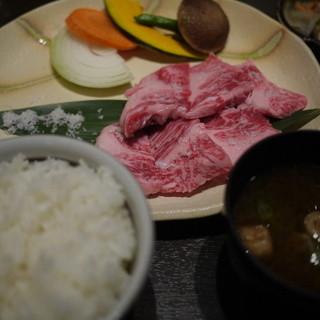 丸明 - 料理写真:飛騨牛ロース御膳