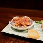 地鶏料理専門店 無玄 - [2019/05]地鶏の前菜盛り合わせ・小皿(900円)・塩肝