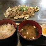 昭和や - 焼きそば定食720円をいただきました(2019.6.9)