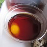 合田 そば店 - ウズラ卵まで付いています