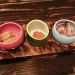 Hakatanaginoki - 付き出し 左から 魚の南蛮 明太子 赤ナマコ ちなみに遷都君は赤ナマコが大好物なのです