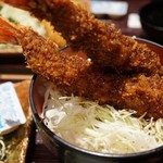 まるは食堂 - エビフライ丼
