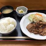 本郷パーキングエリア(下り線)スナックコーナー - 生姜焼き定食 800円