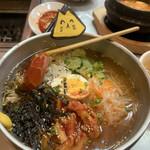 109321946 - 盛岡冷麺タイプで美味