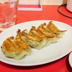 台湾ダイニング 羅凰 - 焼き餃子。290円