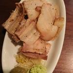 池袋 Cafe&Dining ペコリ - お替り自由の自家製ベーコン