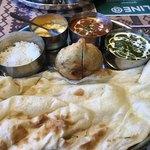 インド・ネパール料理 ロイヤルナンハウス - ベジタブルセット