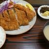 とんかつ高田 - 料理写真:ロースかつ定食*エビ付