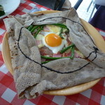 ソフィズキッチン - アスパラガスとベーコンのガレット