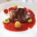 10933697 - 牛フィレ肉と鹿児島産悠然鶏のグリル