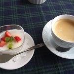 Satoyamakafetasaburousansou - デザートとコーヒー