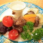 ラハナ  - 鉄板の串焼き料理