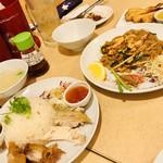 大阪カオマンガイカフェ - お料理