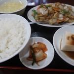 109368099 - 鶏肉の胡椒炒め700円