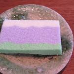 ゼンカフェ - 紫陽花を模したお干菓子がついてきました♫