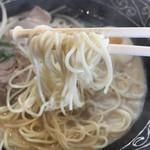 ひできよラーメン - 麺リフトアップ