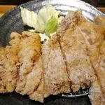 松本からあげセンター - たまに行くならこんな店は、長野県版山賊焼を豪快に松本市内で楽しめる「松本からあげセンター」です。