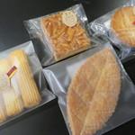 109370262 - チーズクッキー・リーフパイ・フロランタン・ガレット
