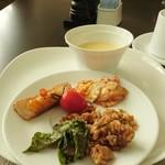 東京ステーションホテル - 料理写真: