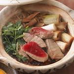 和酒和食 みつくら - 仙台名物せり鍋を始め、ねぎまやあんこう鍋をご用意しています。