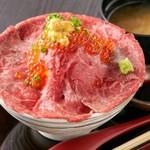 吉祥寺 肉ドレス海鮮丼 -