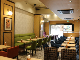 Cafe Renoir - 禁煙席