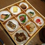 百膳 - 『九種のおばんざい膳 』    2700円