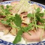 台湾料理 もやし - 豚舌¥600