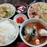とーたる亭 - 料理写真:豚肉とキャベツの辛味噌炒め 890円