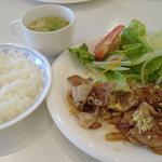 Cafe FUZIMI - 豚肉のしょうが焼き(コーヒーゼリー付き、ランチはスープ・ドリンク付き)880円