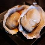 赤羽の ざきや - 焼牡蠣 雲丹ソース