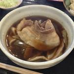 元祖 熊谷うどん 福福 - 大っきめサイズのバラスライスが、3枚ぐらい入っていました。