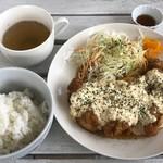 brilliant cafe - チキン南蛮 750円