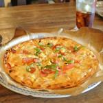 ばーすぬ家 - 料理写真:昔ながらのチーズピザ 中 ¥1800