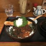 呑み処 圭 - 鮭といくらの親子丼
