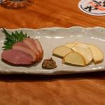 中俣酒造本店 銀座 茂助 - 鴨のスモークとスモークチーズ