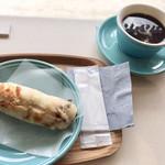 クロスロードベーカリー&カフェ -