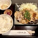 Nikumotsuyajimbou - 生姜焼き700円