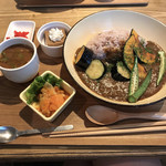 nori蔵 - 3色野菜カレーランチ