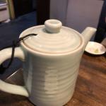 梅玉 - 蕎麦湯がたっぷり頂けます。