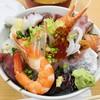 おかもと鮮魚店  - 料理写真:海鮮丼