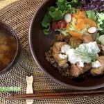 matatabi kitchen - 大豆ミートチキン南蛮丼ランチ 1000円