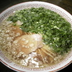 勝十銭 - 平打麺(650円) 尾道ラーメン。♪背脂満載で脂っこいと思ったら以外にさっぱり♪