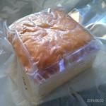 エニスモアガーデン - パウンドケーキ・チーズ・ハーフサイズ