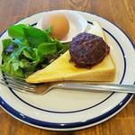 もりのうた - モーニング(倉トースト、サラダ、ゆで卵付き)