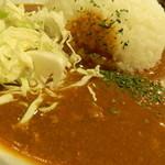 鉄串BBQ肉ロック70'S カンダーラ - ヤーミーカレー(大盛) アップ