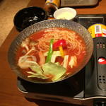 Umekisanchinodaidokoro - トマト味のラーメン鍋だった。