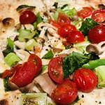 トラットリア・ピアノ - オリーブオイルとお味噌の和風pizza!食べやすく美味しいです♡ヽ(´▽`)/