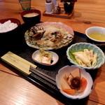 洋食屋 フリーダム - Aランチ 840円(ミニコーヒー付)
