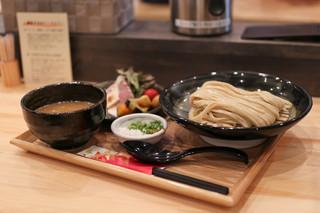 麺家 幸先坂 - 鶏と魚介と香味野菜の濃厚つけ麺☆